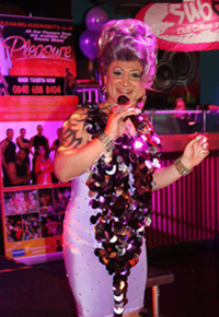 Amber Dextrous, solo drag show, Cardiff, UK